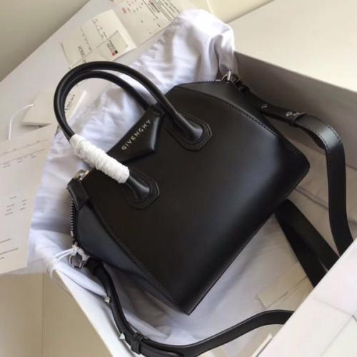 givenchy-antigona-bag-mini-5
